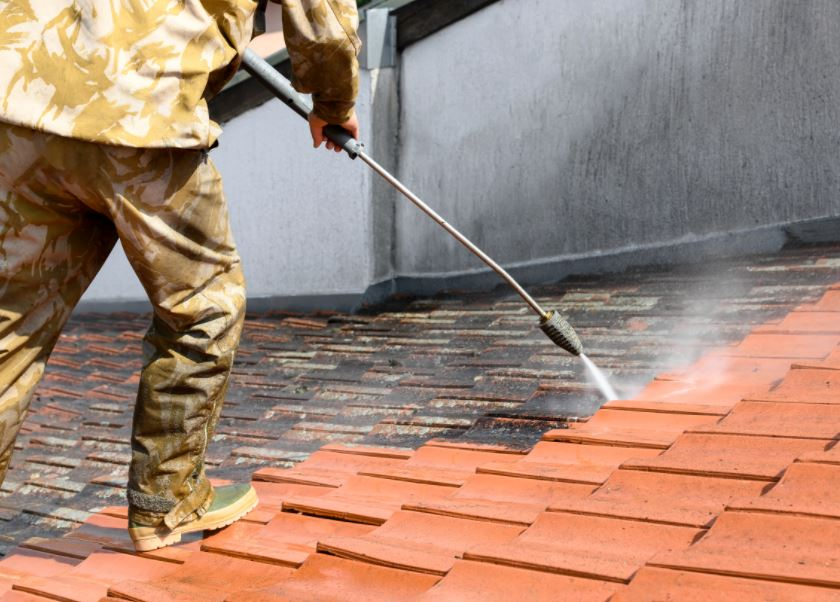 soft-wash-roof-cleaning Williamsburg Virginia